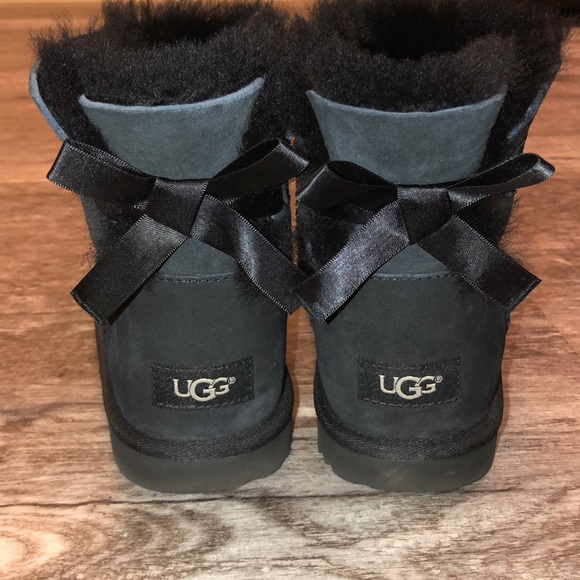 29d35448eba UGG mini bailey bow